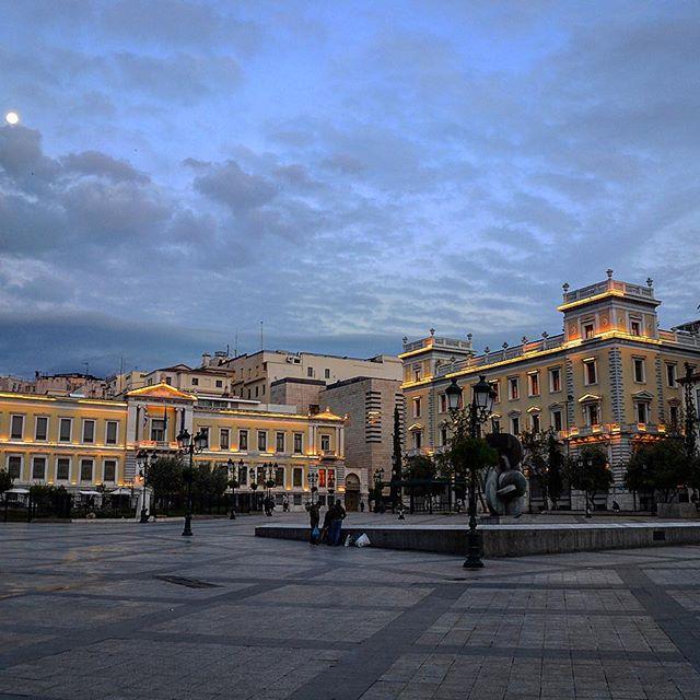 Kotzia Square, Athens, Greece 🇬🇷. . . . . . #kotziasquare #athens #greece #greece_travel #europe #lametayel #worldplaces #travel #world #instagram_israel #planet #tour #tourism #places #train #israelis_traveling #igtravel #travelingram #popular #comment #tourist #tourists #instabook #visit #visiting #israel #holidayfun #photos #instagram #apple
