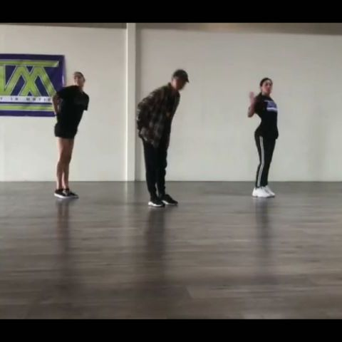 A little rough draft on what's cooking.  Got a chance to teach hip hop 3 at AIM again.  Song: Red Mercedes by @amine  Dancers: @fern.san @aim_nikki  #thesydeproject