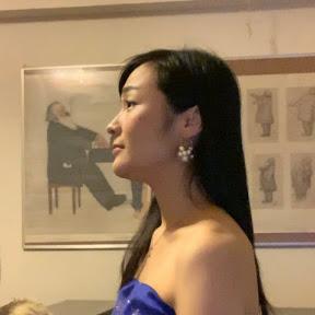 Hina無名ソプラノ歌手