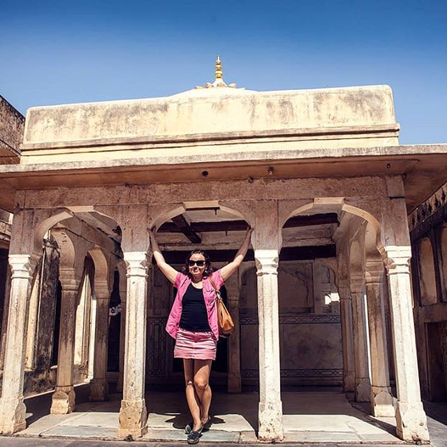 One of the most beautiful palaces of Rajasthan, India. Have you been to India yet? It remains one of the most exotic destinations in the world even now. DM me for private curated tours to see and experience little known places of this amazing little known and oft misunderstood country. . . Photo: @life_and_times_of_krish Happy Traveller: @psy_ekaterinakes . . .