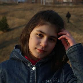 Лина Стоун