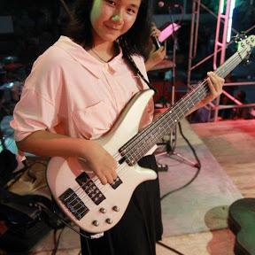 Chakheaw Bassist