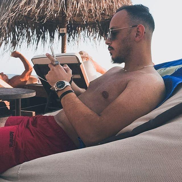 • Absofuckinlutely 📍🔫🔫 • • • • • • • • #summer #summermood #instamood #mensblog #beach #vibes #mensstyle #sunny #skg #chillin #view #travel #travelblog #lifestyle #inspire #love #life #mensblog #instagood #greece