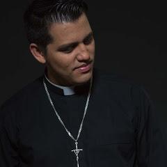 Padre Jonathan Funes Escobar