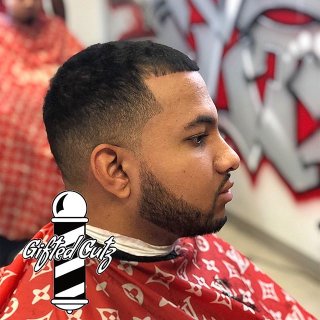 💈Blessing clients one haircut at a time💈Heaven sent, all glory to God! Go follow @giftedcutz  @seattleswillieb @chopinitup ************************************************ ************************************************************************************************************************************************************************************************ #AllGloryToGod #Blessed #RipDre #GetBig #girls #giftedcutz #WillieBDaBest #barber #haircut #art #life #hiphop #powerlifting  #WhosBetter #Seattlebarber #seattle #barber #bestseattlebarbershop #zachlavine #michaelporter #x #blackbarber #black #barber #worldstar #6ix9ine #seahawks #bestseattlebarber #blacklivesmatter  #seattleswillieb #giftedcutz Seattle #WillieBCutMe
