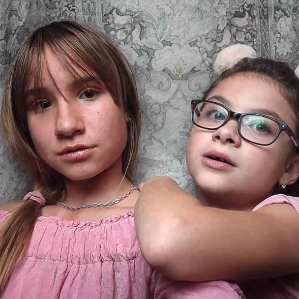 Sisters ❤  #polishgirl #instagirl #girl #insta #polish #instaboy #polishboy #chillwagon #foryou #foryoupage #page #dc #dlaciebie #l4l #f4f #like #follow #like4like #follow4follow #likeforlike #followforfollow #likeforfollow #like4follow  #power #party #love #cute #misie #SISTERS