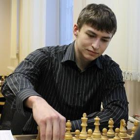 Шахматы с Максимом Омариевым
