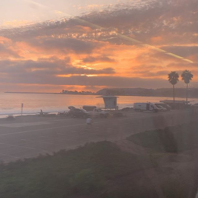Best part of taking the late train home, I get a perfect view of the sun setting. 🌅 😍 #amtraksurfliner #amtrak #sunsets