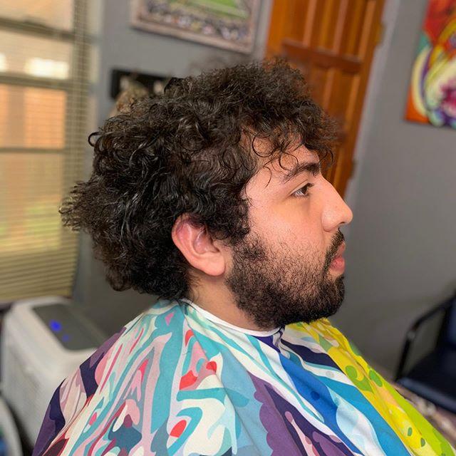 "[ S U A V E WITH IT ] TRANSFORMATION SWIPE ➡️➡️ I live for moments like this. Love the process👌🏽💯✂️💈📈🔥🔥 cape by @illuzien {—combover—} Just something little light ! ""Don't be average"" 📈🚀✅ BY : 🚨 [ @suavecitothebarber ] 🚨 . . . . . . @barbershopconnect @barbersinctv @barberlessons_ @barber.clips @thebarberpost @barber_boom @barber.nations @barber.family  #barberart #taperfade #fadegame2raw #fadehaircut #barberrespect #masterbarber #barbershops #barbergrind #fadegame #barberswag #yourbarberconnect #barberpost #barbergame #barbernation #fades #sharpfade #barbershopconnect #thebarberpost #barberconnect #skinfade #barber #taper #barbergang #barberworld #barbershop #freshcut #hairtransformation #ukbarber #elegancegel @elitebarberslounge #elitebarbercartel @jesseelite"