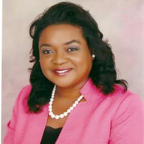 Claudia Davis
