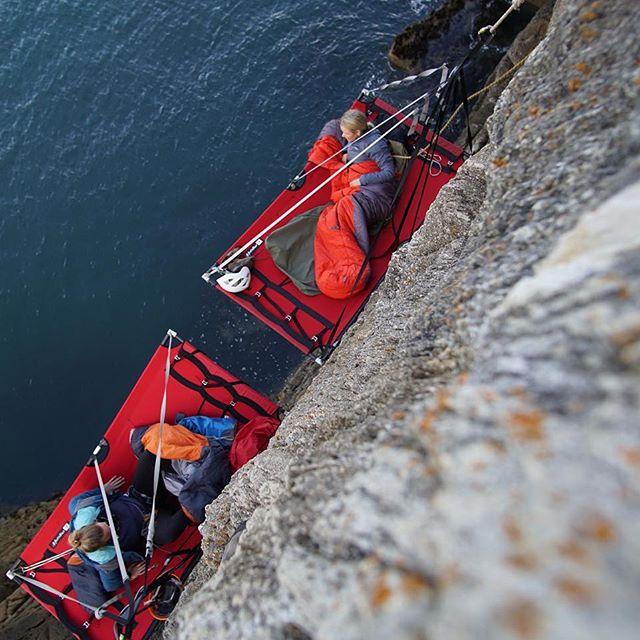Love this photo captured by @gaiaadventures not only a awesome climbing instructor but handy with a @sonyalpha  Full video #linkinbio👆  #bemorerandom  @freebirds_adventures_  @2born2travel  #portaledge #hangingoutwithfriends #cliffclimbing #roomwithaview❤️ #sonya6000 #rockclimbingwomen #femaleadventurer #greatoutdoors #visitwales #vangirlsrule #chilling😎 #girlswhoclimb #girlsnightout #seaviews #cliffedge #cliffface #northwales #holyhead #visitnorthwales #ukadventures #adventuretime #adventurequeensuk #adventurequeens  @visit_uk @visitwales @visitingnorthwales  #onelifeliveitloveit