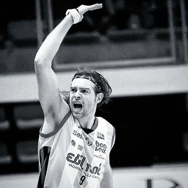 Dopo 10 anni Michele #Antonutti torna a #Udine! 👉 Leggi la notizia su seriea2italia.it 📸 @catclick69