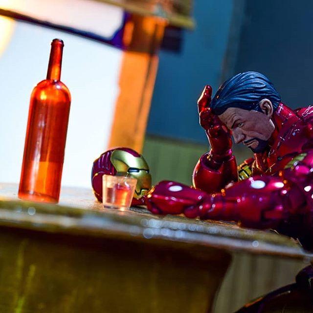 Demon in a bottle.  #tcb_thekillingjoke #ironman #punisher #ironfist #cyclope #wolverine #spiderman #coloso #xmen #marvel #marvelcomics #marvellegends #toyphotographer #toyphotospotlight #epictoyart #toyplanet #toydiscovery #toyzone #toylovercrew #toycrewbuddies #toysaremydrug #toycollection #toycollector #toybiz #thetoysindicate #shfiguarts #awesome