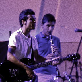 Manuel Romero Guitarrista en Cabildo Abierto