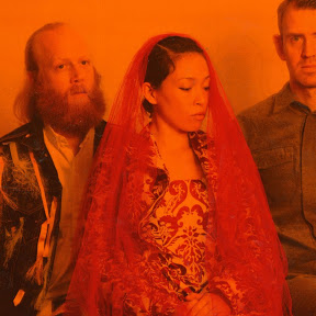 Little Dragon - Topic