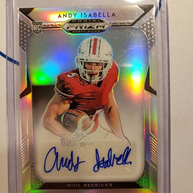 Last 2 cards were $1 pickups.. For some reason I like collecting the smaller built WRs, so I added a new Isabella auto