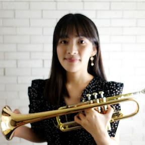 喇叭小姐 Ms. Trumpet