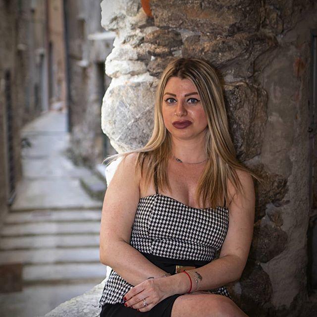 Sandy 2/3  model : @sandynafragolina  #persuitofportraits #makeportraits #thelightsofbeauty #ftwotw #humanedge #aovportraits #bravogreatphoto #ourportraitsday #glamourmodel #fotografoitaliano #fashioninclusionnow #naturallight #fabulousshot #worldofportrait #globe_people #instagram_portraits #globe_portrait #moodyports #ragazzaitaliana #modelsearch #fashionblogger #ensaiofotografico #portraits_mf #simplyportraits #yourvisiongallery #portrait_dev #super_portrait_channel #portvisual