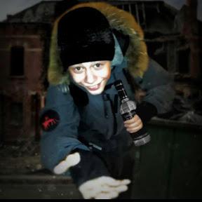 офицер кирпичных школ
