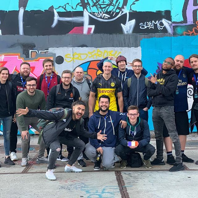 #FIFA20 Capture Event! ✅  Amazing few days with the gang. Who's your fav YTer in this pic? 🤔 📷: @pitaa1021