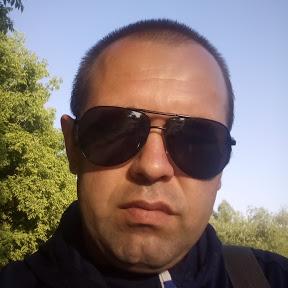 Владимир Варов
