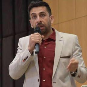 مدرب اللغة الانجليزية وليد خالد