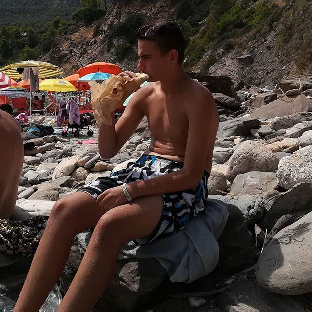 Simone♥️il mio ometto....#mare#spiaggia#portoErcole#