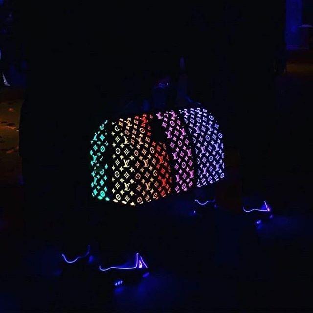 """Cold"" available now, Beatstore in bio - - - - #beats #instrumental #beat #splurge #valee #trap #hiphop #producer #beatmaker #beatmaking #buybeats #beatsforsale #rap #musicproduction #typebeat #needbeats #artist #rapper #cold #music"