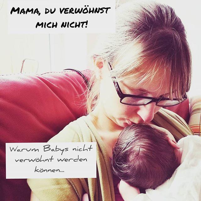 """#verwöhnen """"du verwöhnst dein Kind"""", """"es tanzt dir auf der Nase herum"""" oder """"es will nur seinen Willen durchringen"""". Diese klugen Ratschläge bekomme ich, wenn ich erkläre, dass ich nach Bedarf Stille, mein Baby im Elternbett schläft und das Tragetuch ihr Lieblingsort ist. Warum man Babys aber gar nicht verwöhnen kann habe ich aus der Sicht des Babys als Brief vom Kind an die Mama verbloggt #linkinbio 😊. Vorsicht etwas rührselig, aber definitiv wichtig 😉! Also unbedingt reinlesen 🤓! Wie steht ihr zum Thema """"Verwöhnen""""? Wie handhabt ihr das und wie reagiert ihr auf solche Aussagen?  #stillennachbedarf #familienbett #babyverwöhnen #verwöhnprogramm #mamaleben #mamablog #mamablogger #mamiblog #mamiblogger #ausdemlebeneinermutter #mutterliebe #mutterinstinkt #bauchgefühl"""
