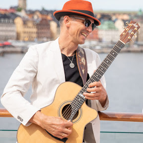 Matthias Waßer - Magic acoustic Guitars