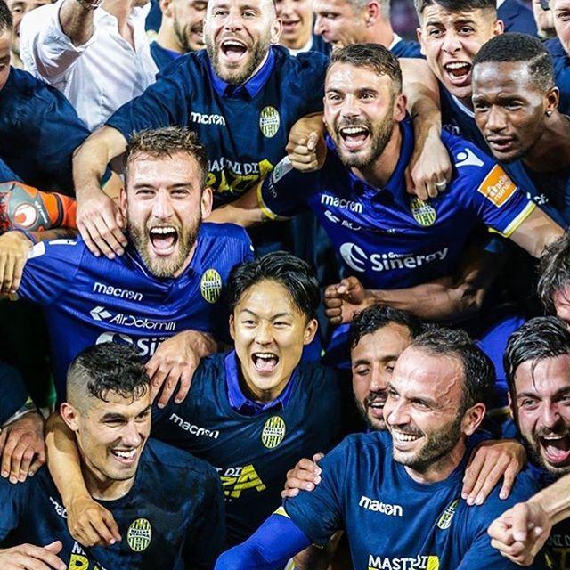 GRAZIE LEONI PER LA SERIE A ASPETTO IL VOSTRO LIKE. FORZA HELLAS #gialloblu#seriea#verona#pazzini#likeforlike#likeforfollow#followme#instalike#like4like#likeslikes#likeme#instalike#butei#forzaverona#forzabutei#avantiiblu#bentegodi#football#finale#final#playoff#followme#hellasverona#win#winners#serieA#legaA#butei#colombatto#italy#argentina#pazzini#dicarmine#zaccagni#faraoni
