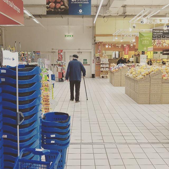 Egisto sta per tornare con un video bomba! Si occuperà del rincaro prezzi dei supermercati e ci dirà perché i prezzi aumentano sempre! Quanto spendiamo per la spesa?  È ora di dire basta! 😡😡😡 #viral #supermercati #prodotti #food #cash #denunce #reportage #oldman #video #videoviral #italia #report #reports #spesa #youtubeitalia #youtuber #nonno #instagram #foto📷