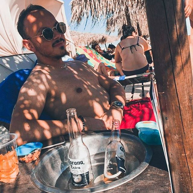 • Endless summer 🇬🇷 • • • • • • • • #summer #2019 #summermood #instamood #mensblog #beach #vibes #mensstyle #sunny #skg #chillin #view #travel #travelblog #lifestyle #inspire #love #life #mensblog #instagood