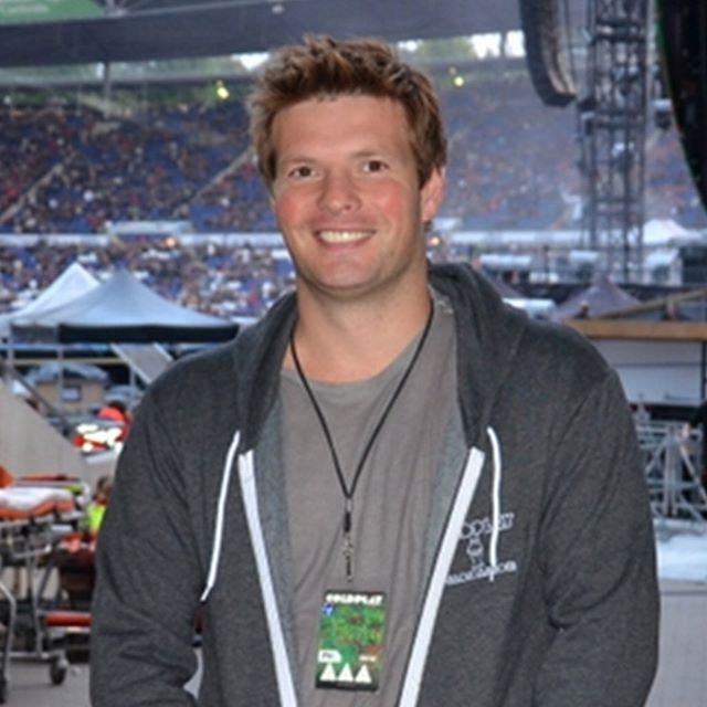 A big happy birthday to Coldplay's fifth member Mr. Phil Harvey!! #coldplay #philharvey #chrismartin