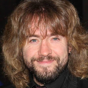 Justin Lee Collins - Topic