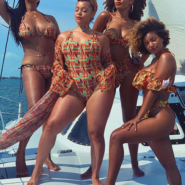 ✨👑 QUEENDOM 👑✨ No words can describe how perfect these Queens made my 30th Birthday! I love you all forever and ever Amen!  Thank you to @deejaypuffy for connecting us to @xsitebelizesailing We had the most amazing day with Neff & the crew! 🙏🏽✨ & THANK YOU @ashantiswimwear for supplying us with EXTRA ROYAL SAUCE! These swimsuits are FYAH!🔥 #Queendom #CheersTo30Years #BlackGirlMagic #Dirty30 #Belize #AshantiQueens #GirlGang #HotGirlSummer #Sisterhood