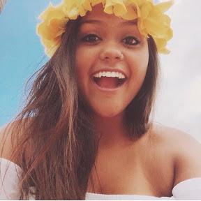 Camila Loures