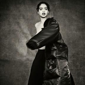 RihannaVEVO