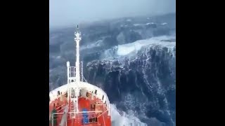 The Frightening Battle with HUGE & MASSIVE SEA WAVES!