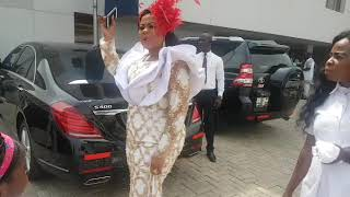 Wow!! Gifty Osei & New Husband Cruise in Brand New Customised #Rolls-Royce Afta Wedding