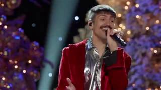 Pentatonix- Deck The Halls and Let It Snow from A Pentatonix Christmas Deluxe