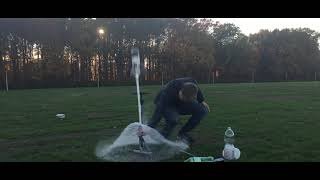Water rocket launch 1.0 - A rocket build by Timo Burggraaf and Nielco Buijs