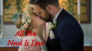 Side Om Side - All You Need Is Love | Musikkvideo (The Beatles - All You Need Is Love)