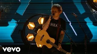 Ed Sheeran - Shape of You (LIVE from the 59th GRAMMYs)