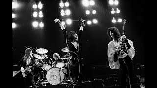 Queen - In The Lap Of the Gods... Revisited (Official Video)