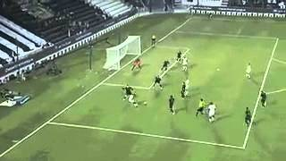 Xavi's first official goal for the club at his home debut