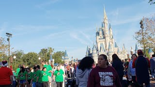 Christmas Day At Disney World Live Stream | Magic Kingdom Mickey's Once Upon a Christmastime Parade