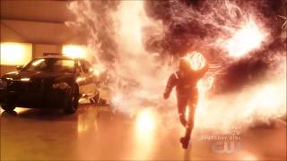 Flash uses the Speed Force to stop a nuclear fission | The Flash S04E15