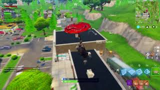 Fortnite: How to Insta-kill a Squad with style