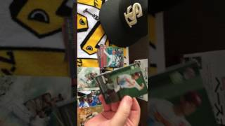 Opening Japan: (2/3) Bad angle of 2017 1st Version Baseball Cards